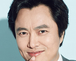 국민연극 <라이어> 20주년 특별 기념공연 <스페셜 라이어>의 배우 서현철