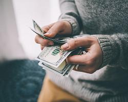 '安全자산' 달러의 가치