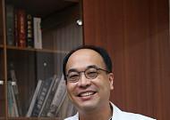 족저근막염 환자 90%이상은 비수술적 치료 가능해