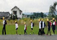 일본 초등학생 등교 모습을 보며