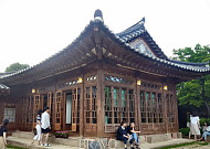 영화 '암살'의 전지현 집, 백인제가옥 야간 개방