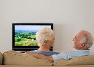 은퇴세대에게 TV는 '바보상자'이기만 할까?