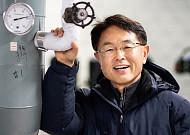 아파트 관리직으로 변신한 전자전 장비 전문가 강석진 씨