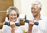 노년층 골절 부르는 '골다공증'… 생활습관 개선 중요