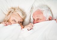 허리통증 때문에 부부관계 미루지 마세요!