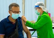 독감 무료예방접종 '60세 이상·고3까지 확대' 협의 중