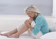 무릎관절염 시니어, 수면 시간 따라 통증 확률 1.5배↑