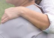 아내 사망 후 유족연금 받을 수 있을까?