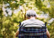 노년기 위협하는 치매, 예방과 극복하려면