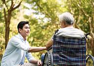 어르신 맞춤형 식사·영양관리서비스 시범실시