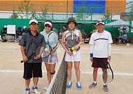 나는 B급 노장 테니스 선수다