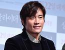 새해에도 열일…영화 '싱글라이더'로 돌아온 이병헌