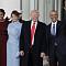[미국 트럼프 시대 개막]  트럼프, 첫 일정은 '예배'...오바마 부부와 회동