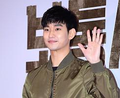 열일하는 비주얼…손현주 응원하러 온 의리의 김수현