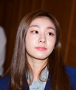 김연아, 눈보다 깨끗한 미모