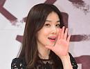 남편과 바톤터치…'귓속말' 이보영, 3년 만의 브라운관 복귀