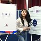 [BZ포토] 트와이스 지효, 투표하고 나오는 당당한 ...