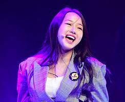 'K팝스타6' 준우승자의 여유~…크리샤츄, 꿈에 그리던 데뷔