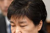 박근혜 전 대통령, 혐의 부인하는 속내는…