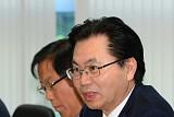 [포토] 발언하는 이한주 경제1분과 위원장