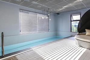 시원하고 저렴하게 여름나기! 도심속 수영장 숙소 5