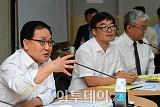 [포토] SW기업 만난 유영민 장관