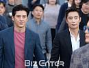 'BIFF' 고수-이병헌, '잘생김 대결 중'
