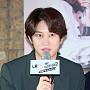 """김희철, """"팬들 빨리 결혼하길... 장가 갈 때 덜 ..."""