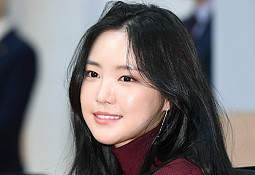 에이핑크 손나은, '오늘도 미모는 맑음'