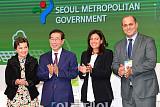 [포토] 글로벌 기후에너지 시장서약 이행 선언식, 기념촬영하는 참석자들
