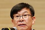 김상조 공정위원장, 최저임금 인상 가맹점 현장 방문…