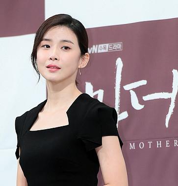 이보영, '고개만 살짝 돌려도 우아'