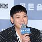 """[BZ포토] 강동원, 첫 1인 2역-광화문 촬영 """"힘들었..."""