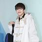 [BZ포토] 온앤오프 라운, '새하얀 떡볶이코트 입고...
