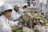 """""""중국 제조업, 여전히 저부가가치 구조에 머물러""""…'중국 제조 2025' 대해부"""