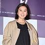 김희애, 매혹적인 구릿빛 미모
