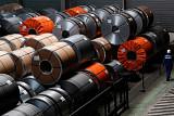 미국, 유럽산 철강·알루미늄 수입 10% 감축 목표…EU, 진퇴양난 빠져