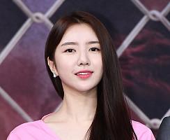 김예린, 남심 저격 '그윽한 미소'