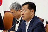 '특활비 폐지' 강경 드라이브…존재감 부각된 바른미래당