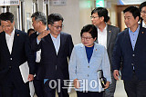 [포토] 대화하는 김동연-정현백