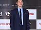 [BZ포토] 김무열, 갓 제대한 듯 '각 잡힌 포즈'