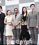 '라이프' 이끄는 연출과 배우들