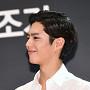 박보검, 가지런하게 넘긴 머리카락