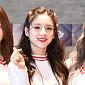 [BZ포토] 이달의 소녀 희진, 심쿵 하트 요정