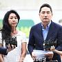 분당경찰서 동반 출석한 김부선과 변호사 강용석