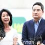 '이재명 스캔들' 여유롭게 입장 전하는 김부선과 ...