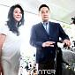 [BZ포토] 경찰서로 향하는 김부선과 변호사 강용석
