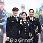 [BZ포토] 강경준-이청아-신현준, '가족사진처럼 다...