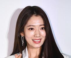 박신혜, 새하얀 하트 여신