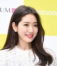 박신혜, 찬란한 꽃미소